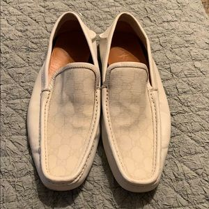 Men's Gucci loafers/driving shoes